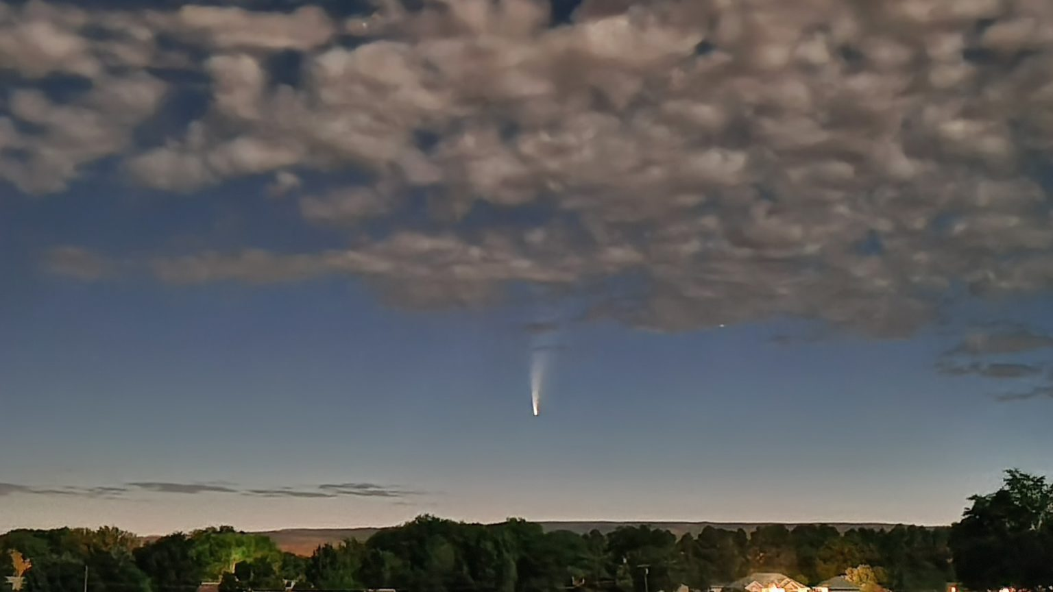 Comet whizzing by Earth for 1st time in 6,800 years is